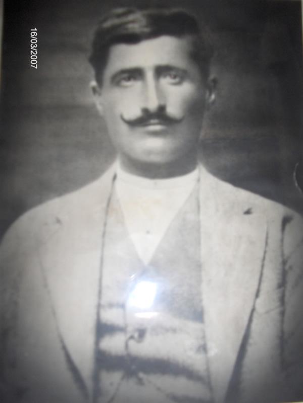 Ali Rıza Karsu ( Sarıkamış Savaşından döndükten 12 yıl sonra çekilmiş fotoğraf )
